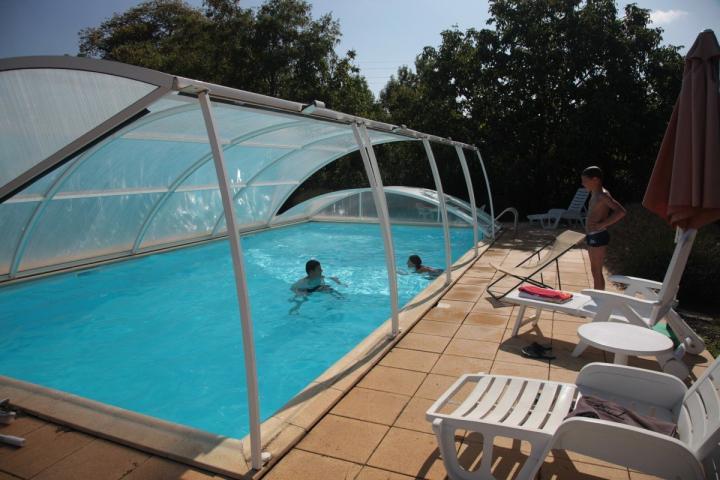 Tipos de cubiertas para piscinas for Fotos de piscinas cubiertas