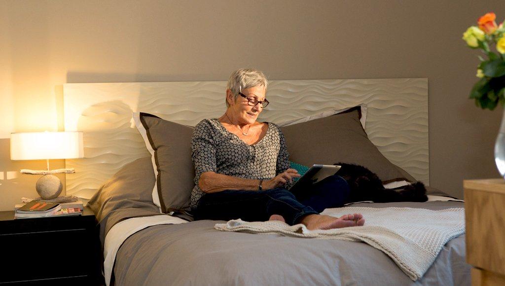 Claves para adaptar una habitaci n para personas mayores for Accesorio de dormitorio para adultos