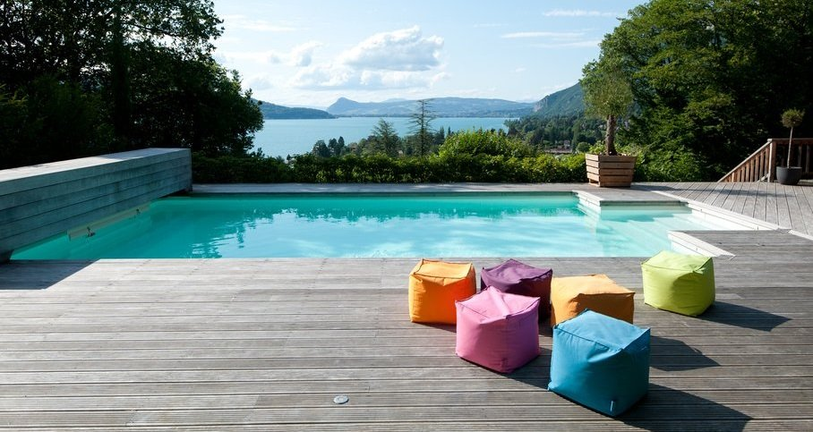Ideas para decorar el rea de la piscina - Decoracion de piscinas y jardines ...