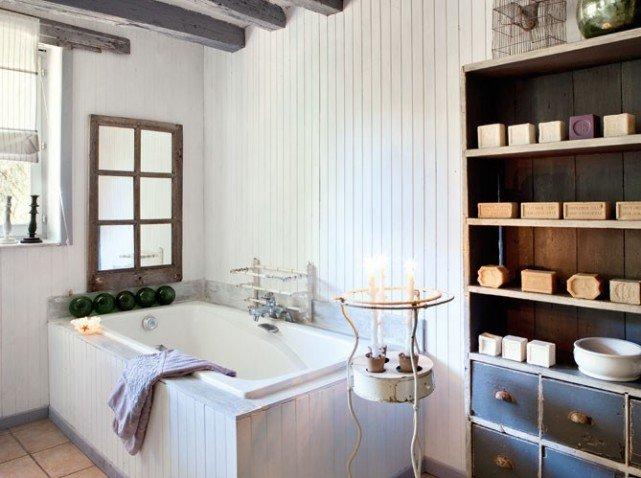 Fotos de una decoraci n de una casa de campo de estilo for Provence bathroom design