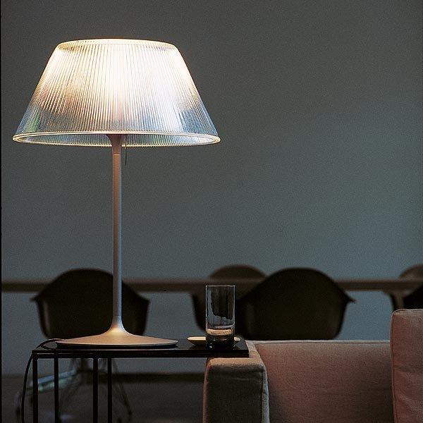 Fotos de l mparas de sobremesa flos l mparas de mesa flos for Fotos de lamparas de mesa