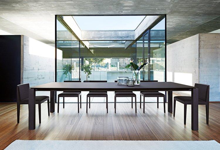 Mesas de comedor de Andreu World. BricoDecoracion.com