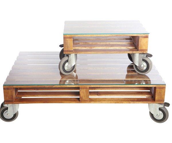 Palet convertido en mesa baja con ruedas - Como hacer una mesa baja de salon ...