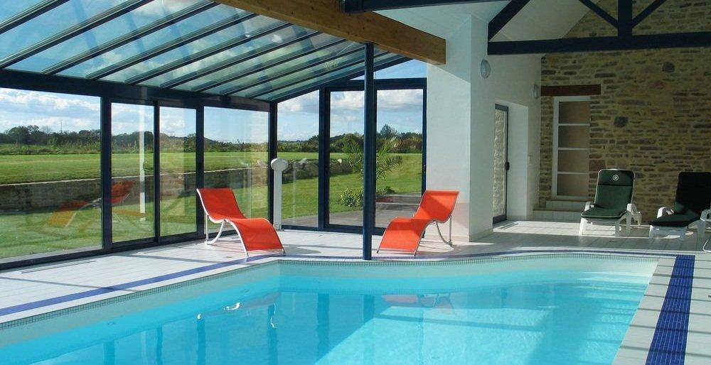Piscinas de interior ventajas y cuidados necesarios - Casas con piscina interior ...